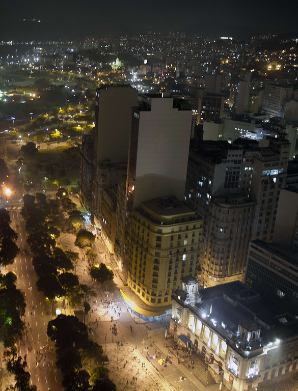""". Aerial view of clashes between demonstrators and police after a protest for the \""""Teachers\' day\"""", on October 15, 2013 in Rio de Janeiro, Brazil.  AFP PHOTO/VANDERLEI ALMEIDA/AFP/Getty Images"""