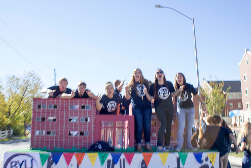 2015_10_10_Homecoming_Parade_7786.jpg