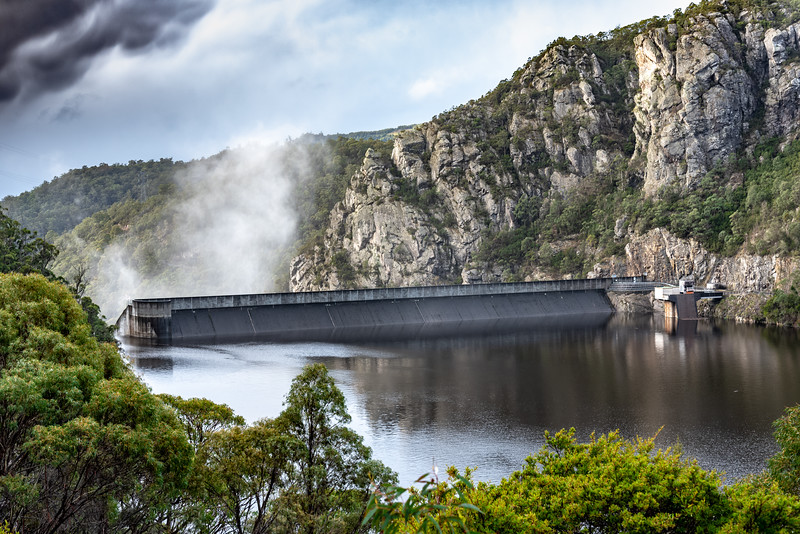 Tasmania-JUL2019-Dam-Wall-1.jpg