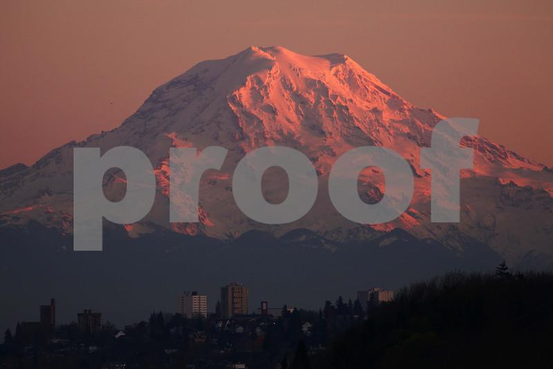 An evening view of Mt. Rainier looking across Tacoma, WA.