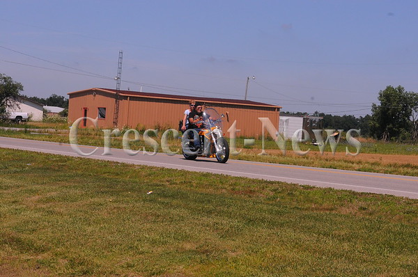 07-23-16 NEWS Old timers ride