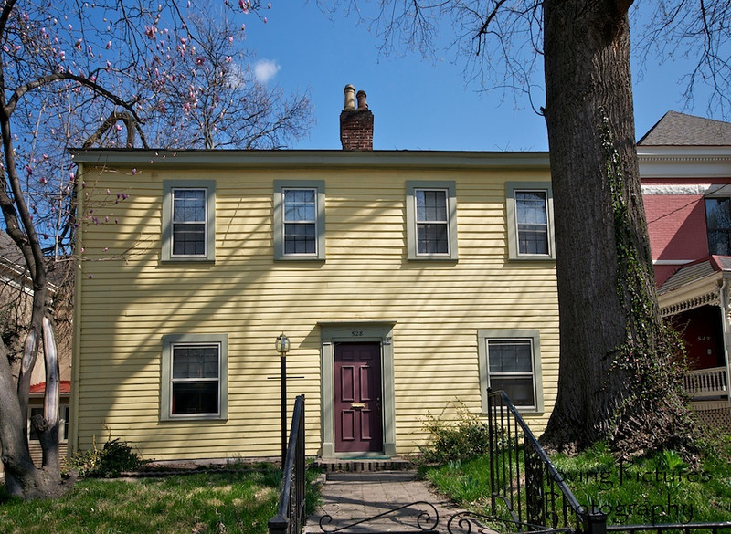 528 Greenup St. - Clayton-Bullock House - built 1839