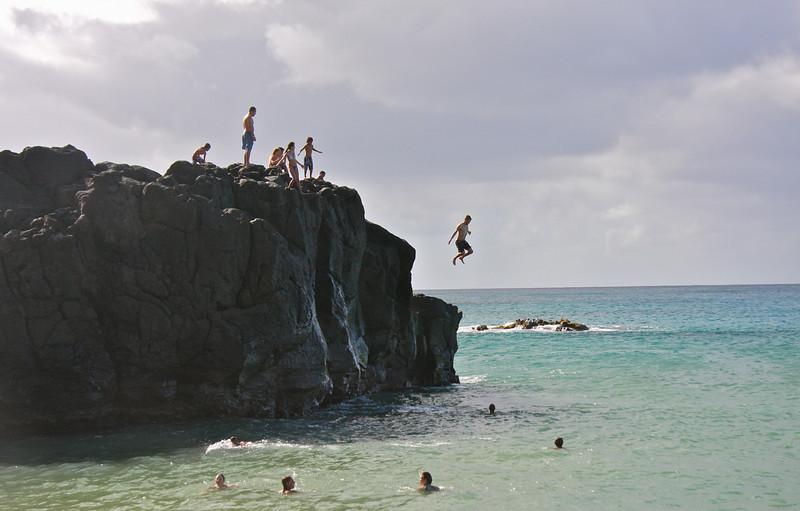 The jumping rock at Waimea Bay, Oahu