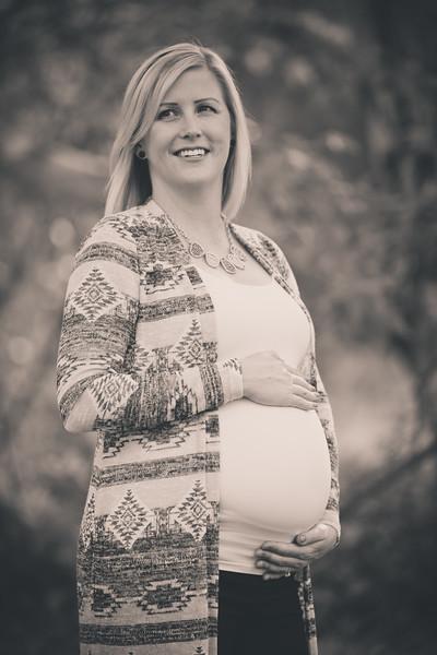 Mattice_Maternity_B&W_PRINT-15.jpg