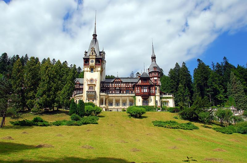Castelul Peles Romania.jpg