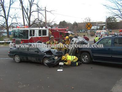 11/17/08 - Mason rollover crash, Ash St & Lansing St