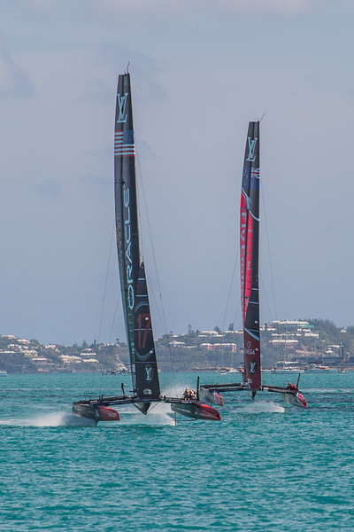 oracle team usa vs emirates team new zealand