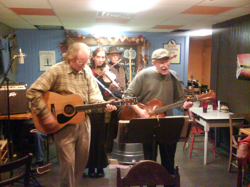 The Lost Shoe String Band