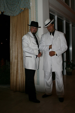 Mobsters and Mistresses take over Flo Oct 27 2007