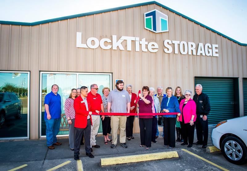 LockTite Storage_Ribbon Cutting_2016_015.jpg