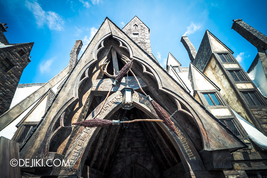 Universal Studios Japan - The Wizarding World of Harry Potter - Hogsmeade Three Broomsticks