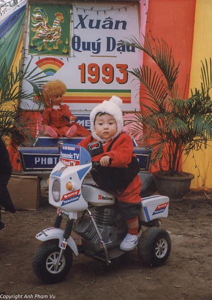 Vietnam 90s 03.jpg