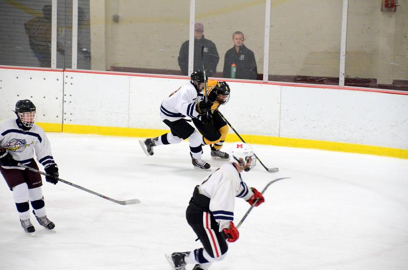 141004 Jr. Bruins vs. Boston Bulldogs-154.JPG