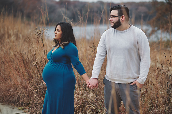Erica and Mike - Maternity 11.17.19