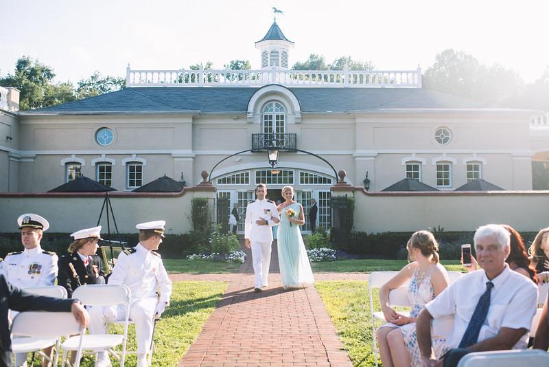 Philadelphia Wedding Photographer - Bernreuther-350.jpg