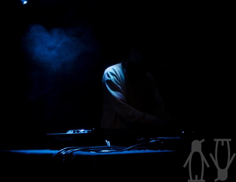 2013.06.02 - Nause (SE) + Funkin Matt @ Teglverket - Damien Baar.jpg
