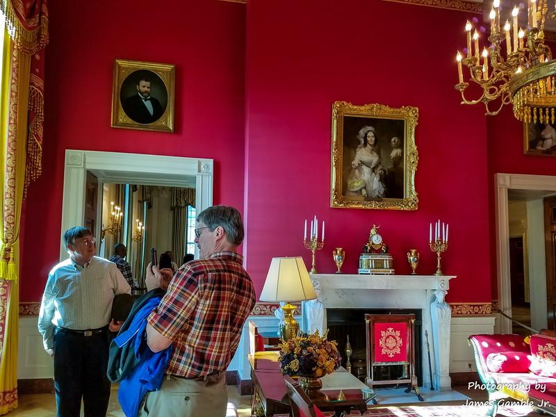 White-House-Tour-120226.jpg