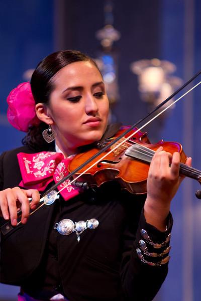 dmartinez-20120913-fiesta-peoria-104.jpg
