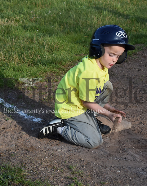 0621_LOC_Kids Baseball5.jpg