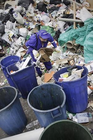 Reciclaje en Bogota-Colombia Oct2010.No.1