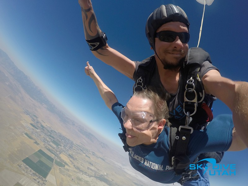 Lisa Ferguson at Skydive Utah - 57.jpg