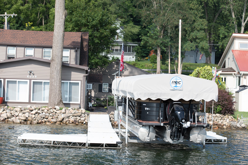 Boat1049.jpg