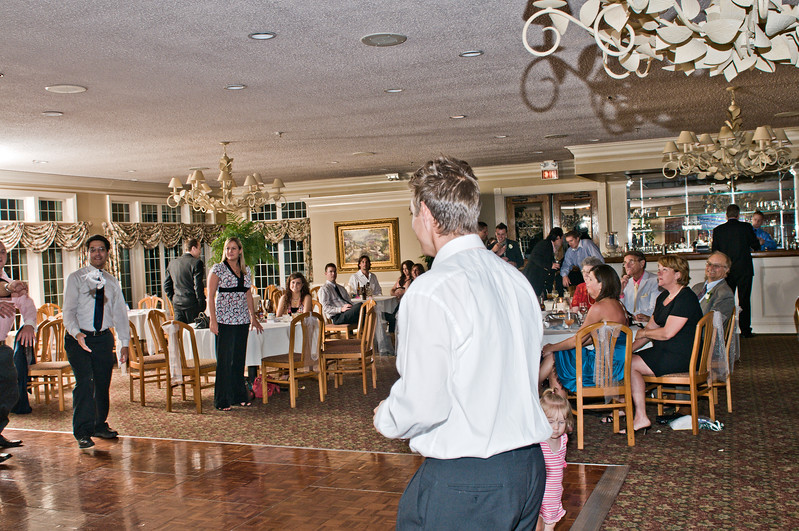 242 Mo Reception - Garter Toss Start.jpg