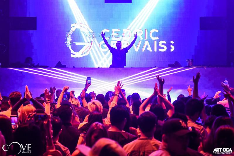 Cedric Gervais at Cove NYE (2).jpg
