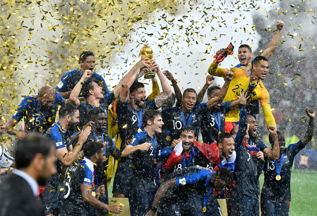 . France\'s Olivier Giroud lifts the trophy after France won 4-2 during the final match between France and Croatia at the 2018 soccer World Cup in the Luzhniki Stadium in Moscow, Russia, Sunday, July 15, 2018. (AP Photo/Martin Meissner)