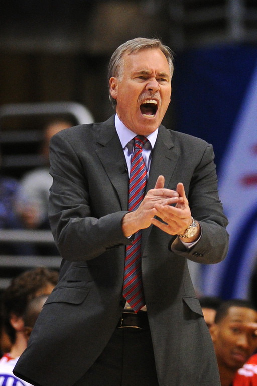 . Lakers coach Mike D\'Antoni doesn\'t like what he sees against the Clippers, Friday, January 10, 2014, at Staples Center. (Photo by Michael Owen Baker/L.A. Daily News)