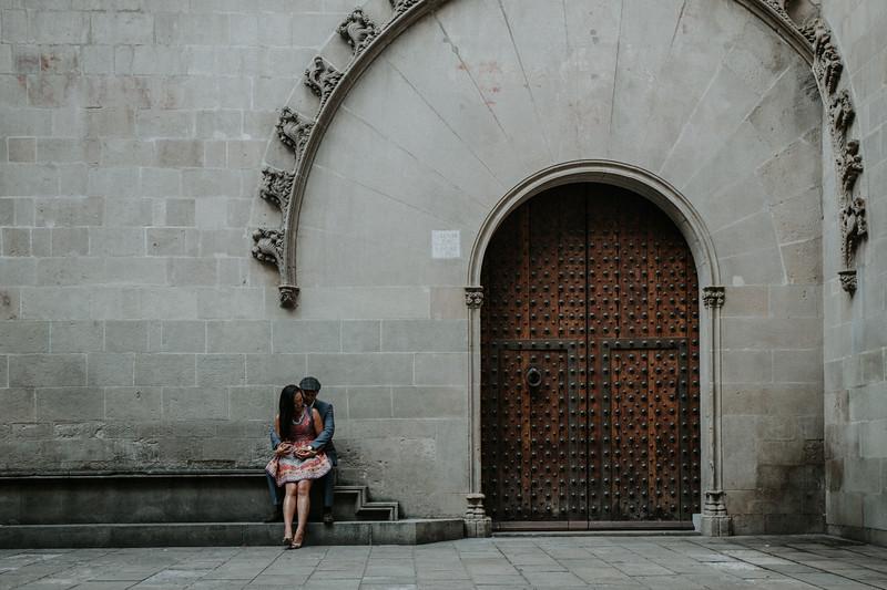 Couple photos   Barcelona - Gothic