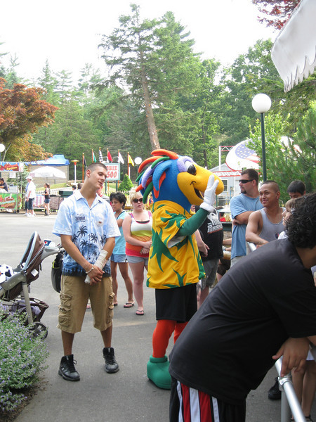 There's that bird Canobie Critter again.