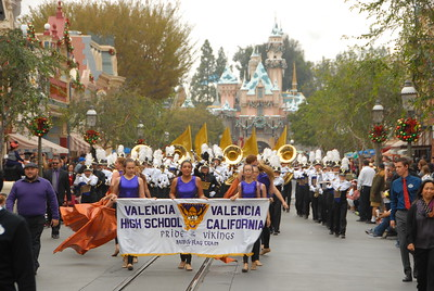 2016-12-10 Disneyland Parade