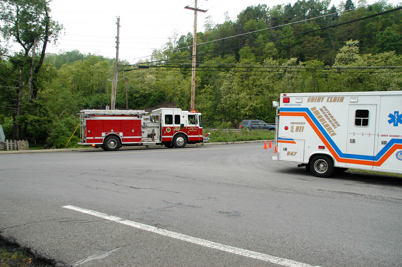 pottsville route 61 vehicle accident 5-12-2010 047.JPG