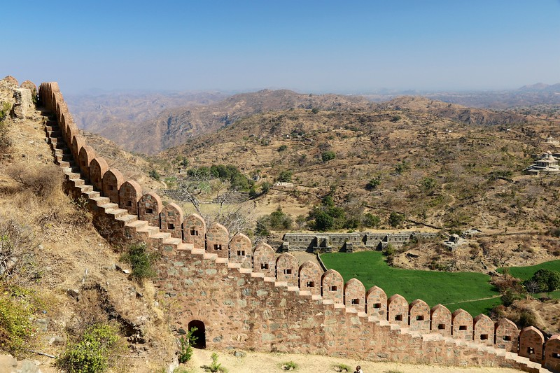 Stunning views overlooking the Aravalli Hills - Kumbhalgarh Fort - Rajasthan