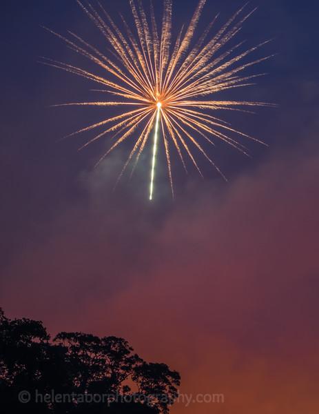 Newby fireworks 2017-76.jpg