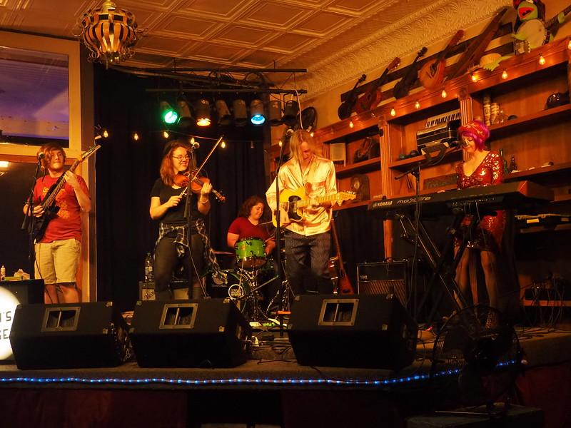 Purple Fiddle Emmas Lounge 3.JPG
