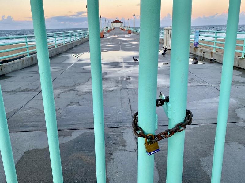 Monday morning lockdown in Manhattan Beach