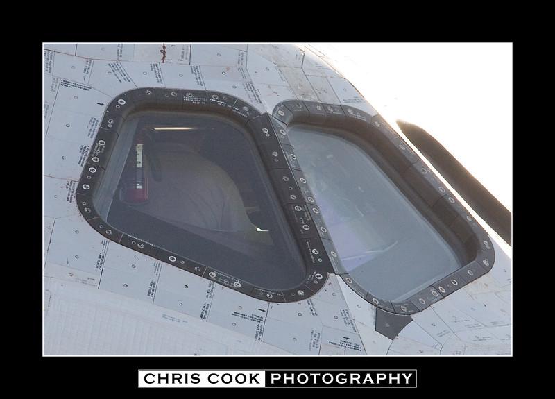 STS-135-landing-19.jpg