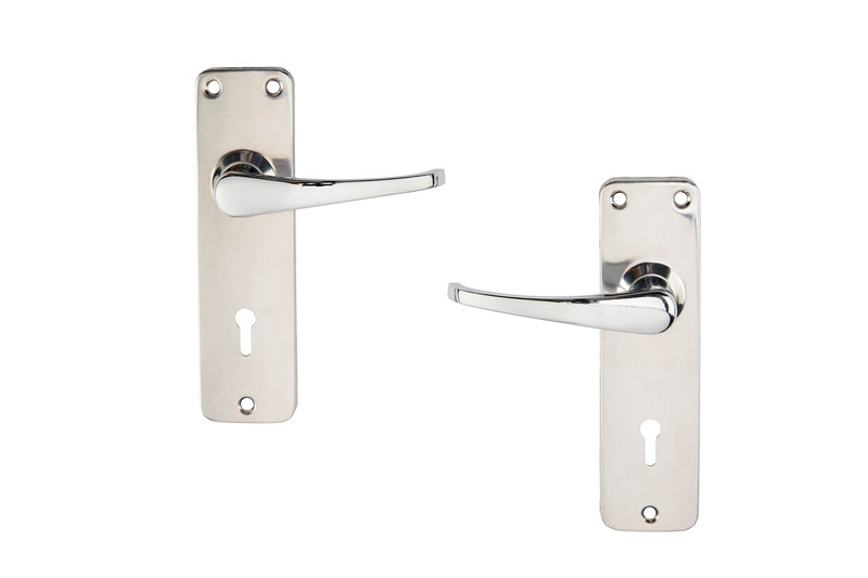 Yale 3 lever lockset with handles