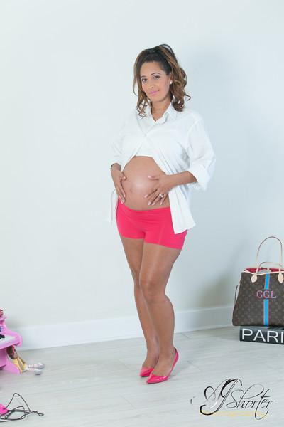Jesslyn Maternity Album