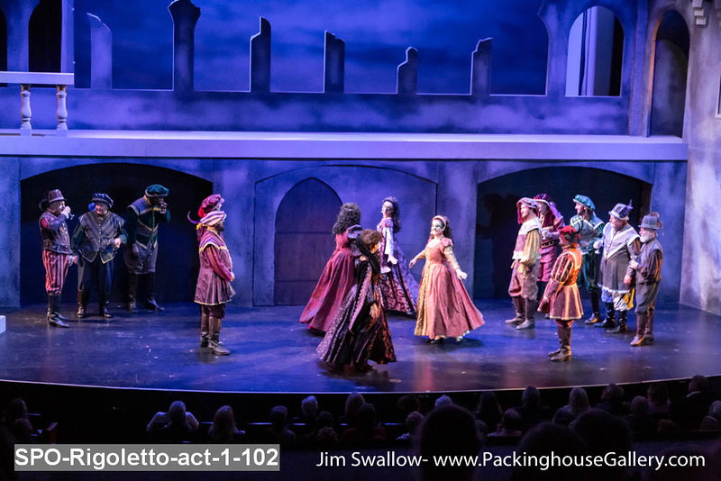 SPO-Rigoletto-act-1-102.jpg