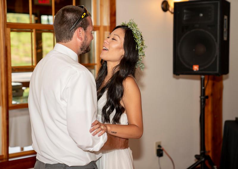 Hartman-Wedding-r-0642.jpg