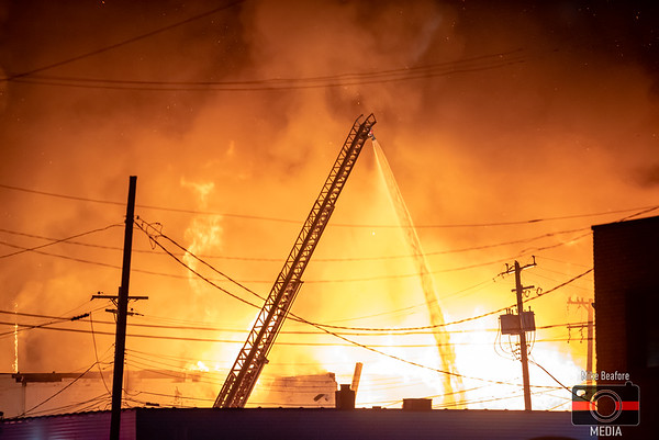 Dearborn MI, Commercial Fire 12-25-2019