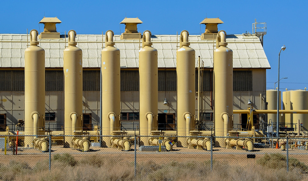 . A view of the Pacific Gas & Electric compressor station in Hinkley, Calif. on Thursday, May 2, 2013. (Rachel Luna / San Bernardino Sun)