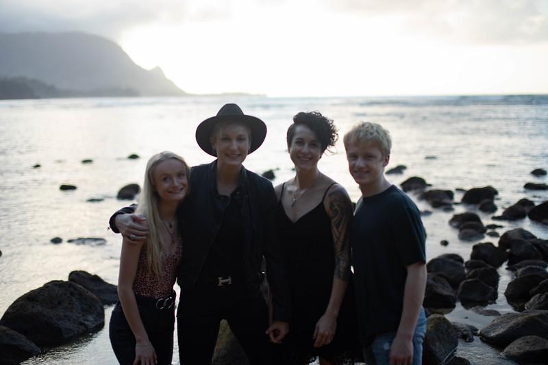 kauai family photos-112.jpg