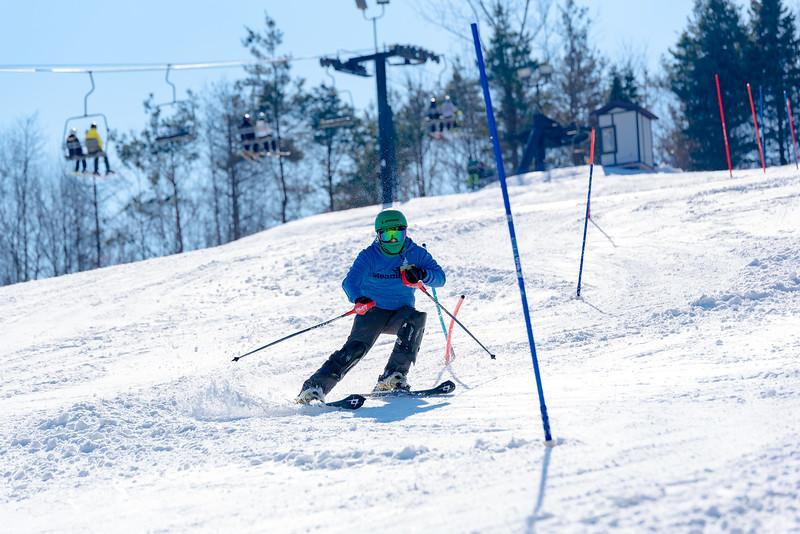 Standard-Race_2-3-18_Snow-Trails-73535.jpg