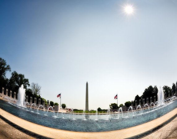 World War II Memorial, Washington Monument