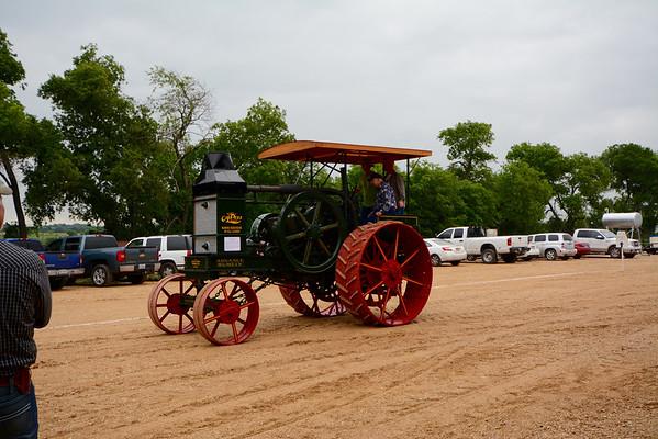 Buice Tractor Crankin' 2015