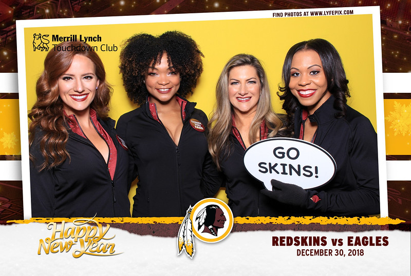 washington-redskins-philadelphia-eagles-touchdown-fedex-photo-booth-20181230-145809.jpg
